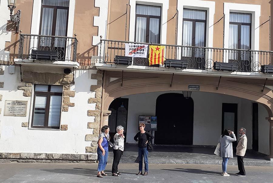 """Kataluniako  """"Procés""""aren  aurkako  epaia  dela  eta,  Udalak  adierazpen  instituzionala  egin  du"""