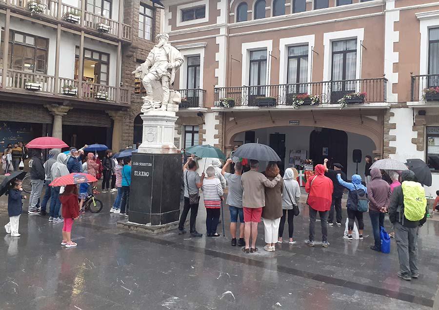 Euskal errepublika aldarrikatu dute Txiki eta Otaegiren heriotzaren urteurrenean